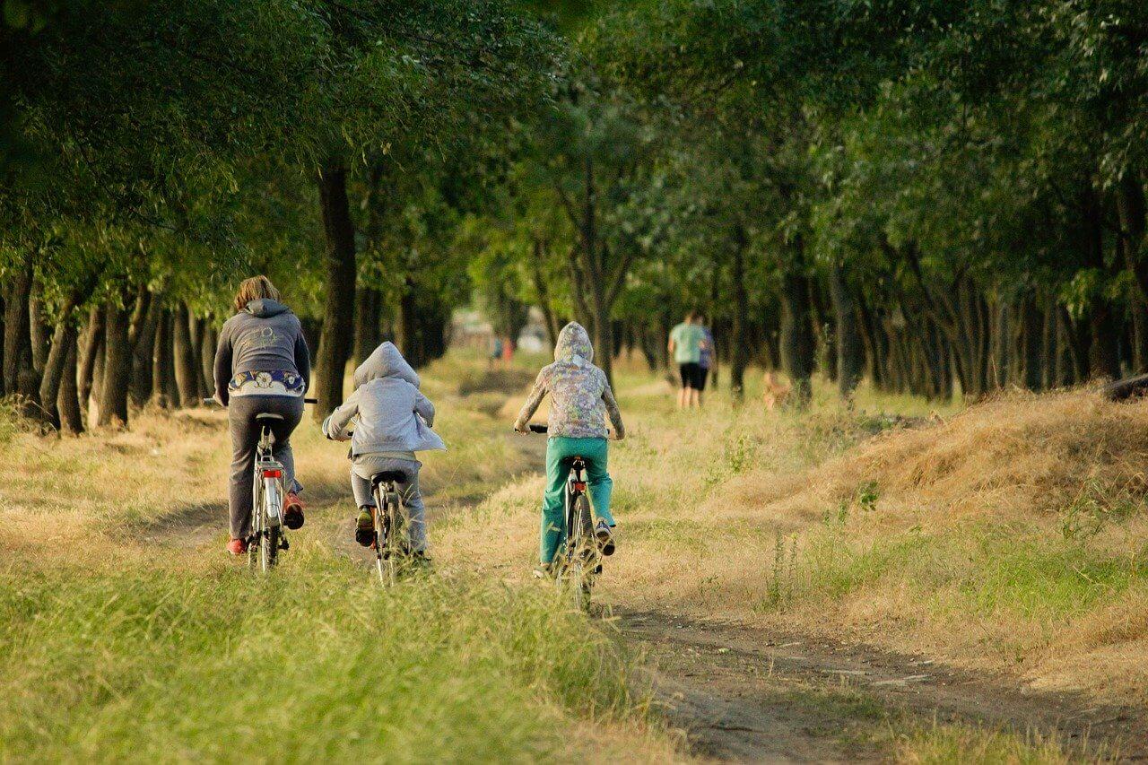 Header_Radfahren mit der Familie