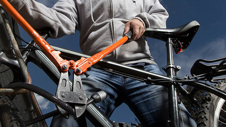 Image from sports and recreation of a bike theft in progress