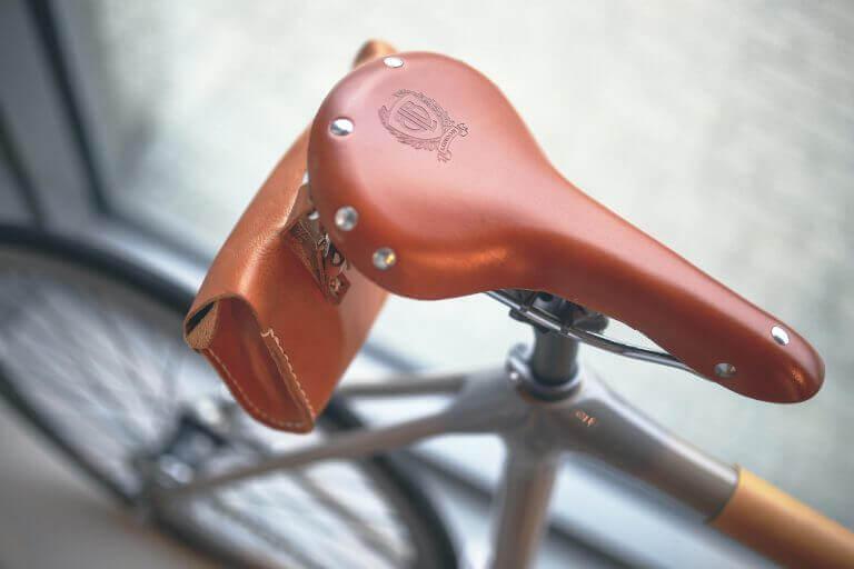 securing your saddle header
